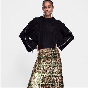 Zara Knit Green Ribbed Sweater With Zipper Sleeves